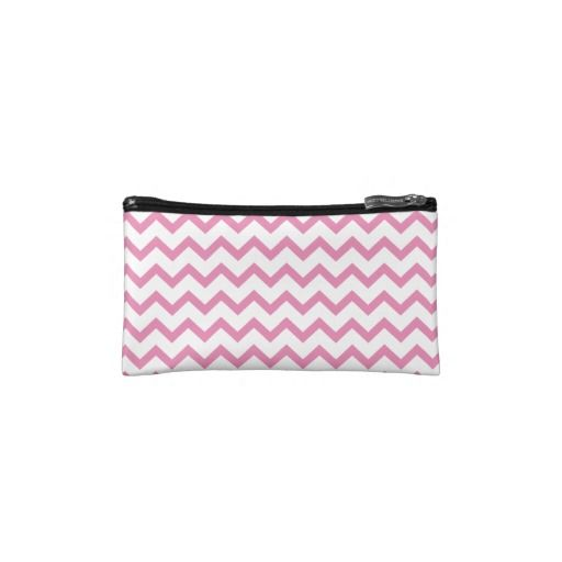 zigzag triangle geometric pattern soft pink