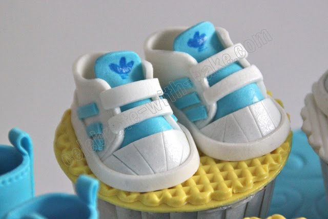 Celebrate with Cake!: Baby Cupcakes