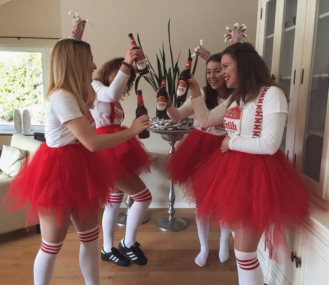 "Julia on Instagram: ""Mer fiere et Leeve �� #Kölsch #Karneval"""