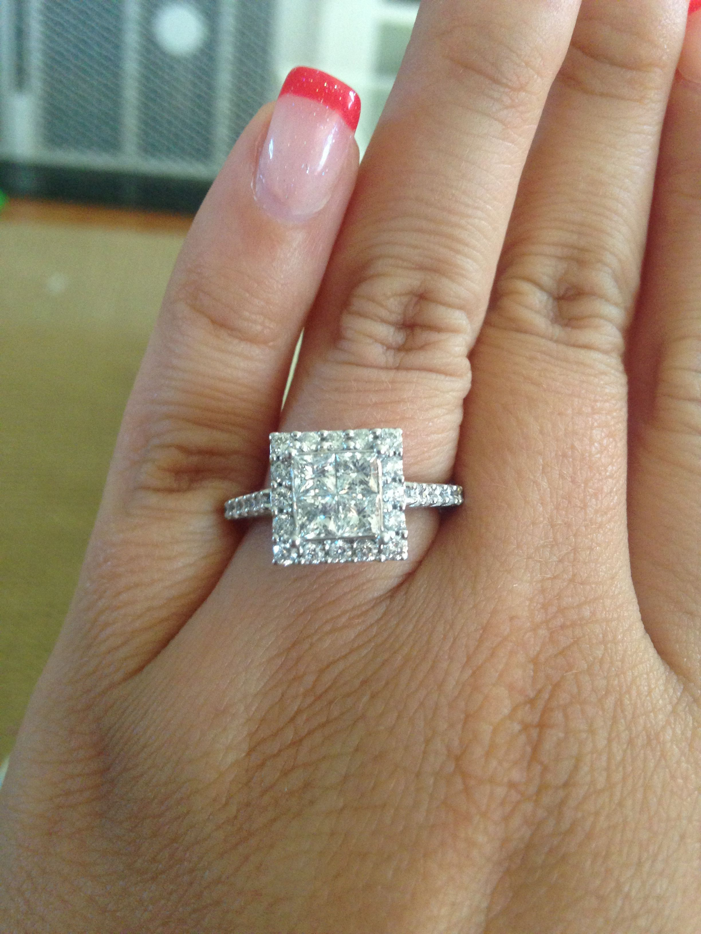 Looks just like mine!! Love it! So excited to become Mrs. Morris :)