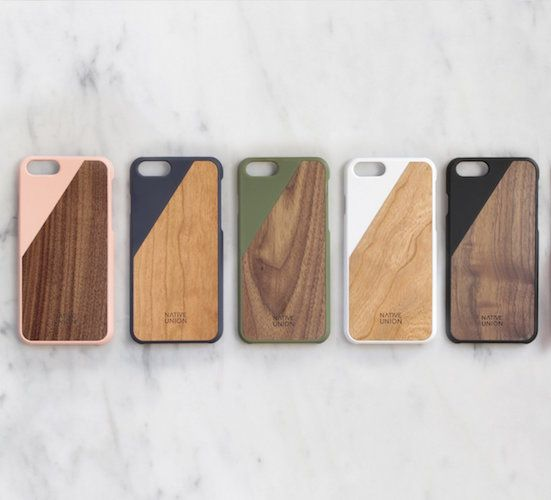 Breaking away from conventional design, CLIC Wooden case combines natural materials with an accent of color.