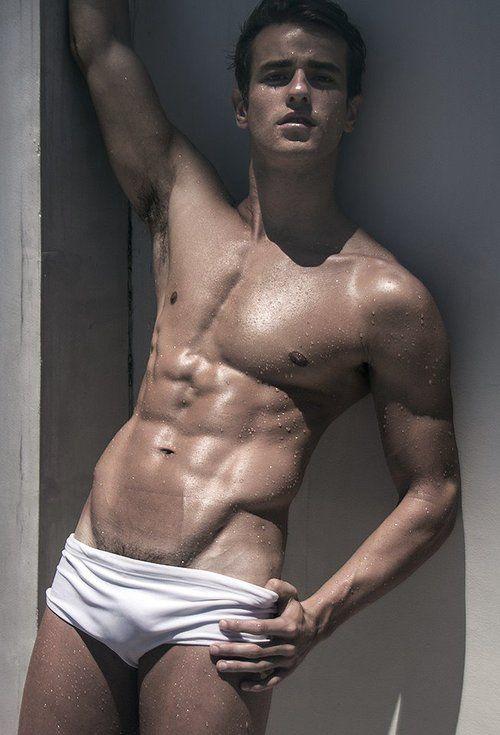 Paginas De Damas De Compañia Gay Musculoso