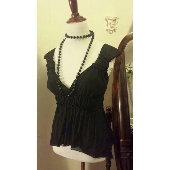 Tops - $8 Black shirt new style