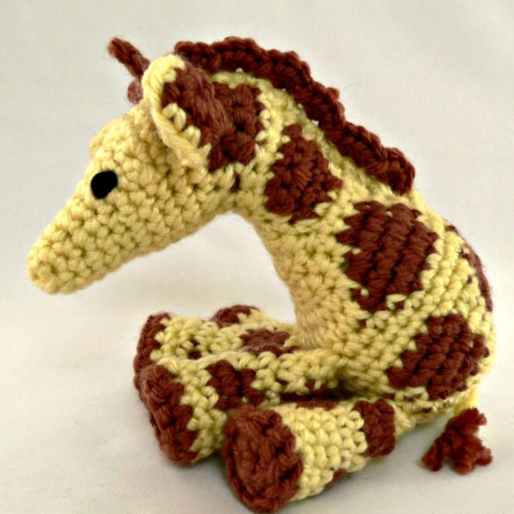 http://wixxl.com/little-zoo-giraffe/ Little Zoo Giraffe Amigurumi ...