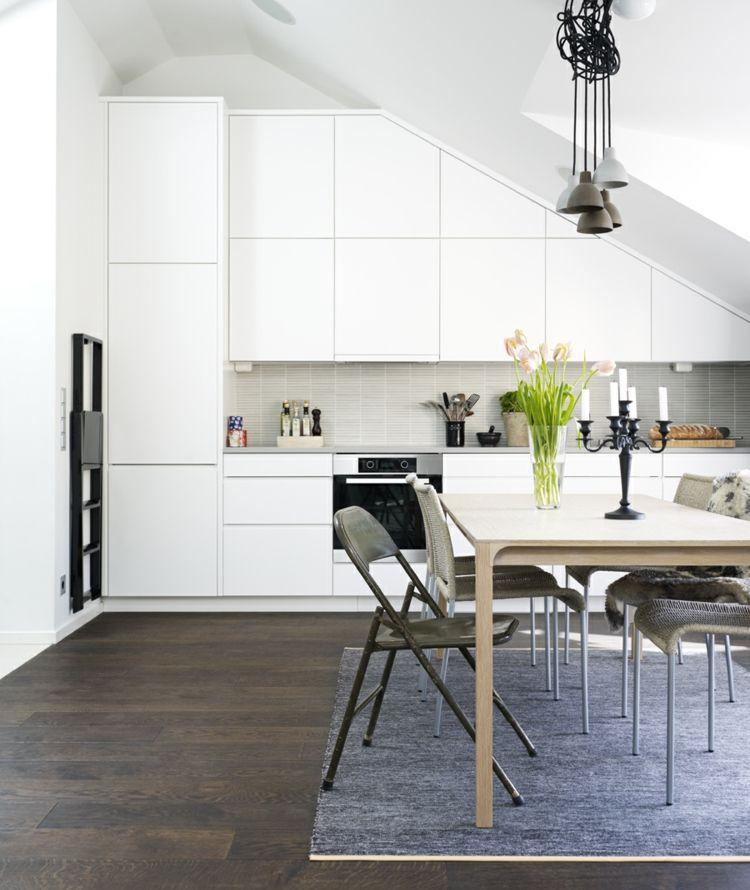 Für die Dachschräge in der Küche eignen sich maßgefertigte - küche in dachschräge