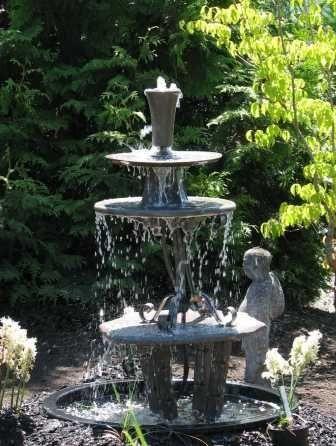 Diy Garden Fountain Diy Make A Three Tiered Garden Fountain Diy Garden Fountains Fountains Backyard Diy Fountain