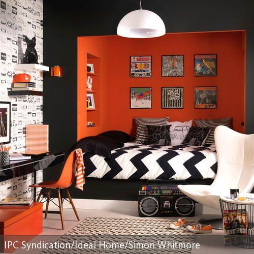 Orangefarbene Schlafnische im Retro-Look | Pinterest | Nische, Höhle ...