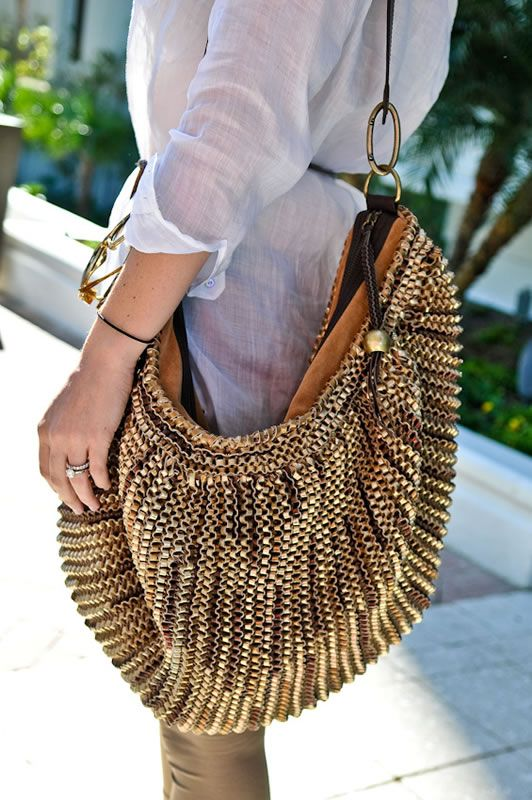 Action Shot Dvf Stephanie Hobo With