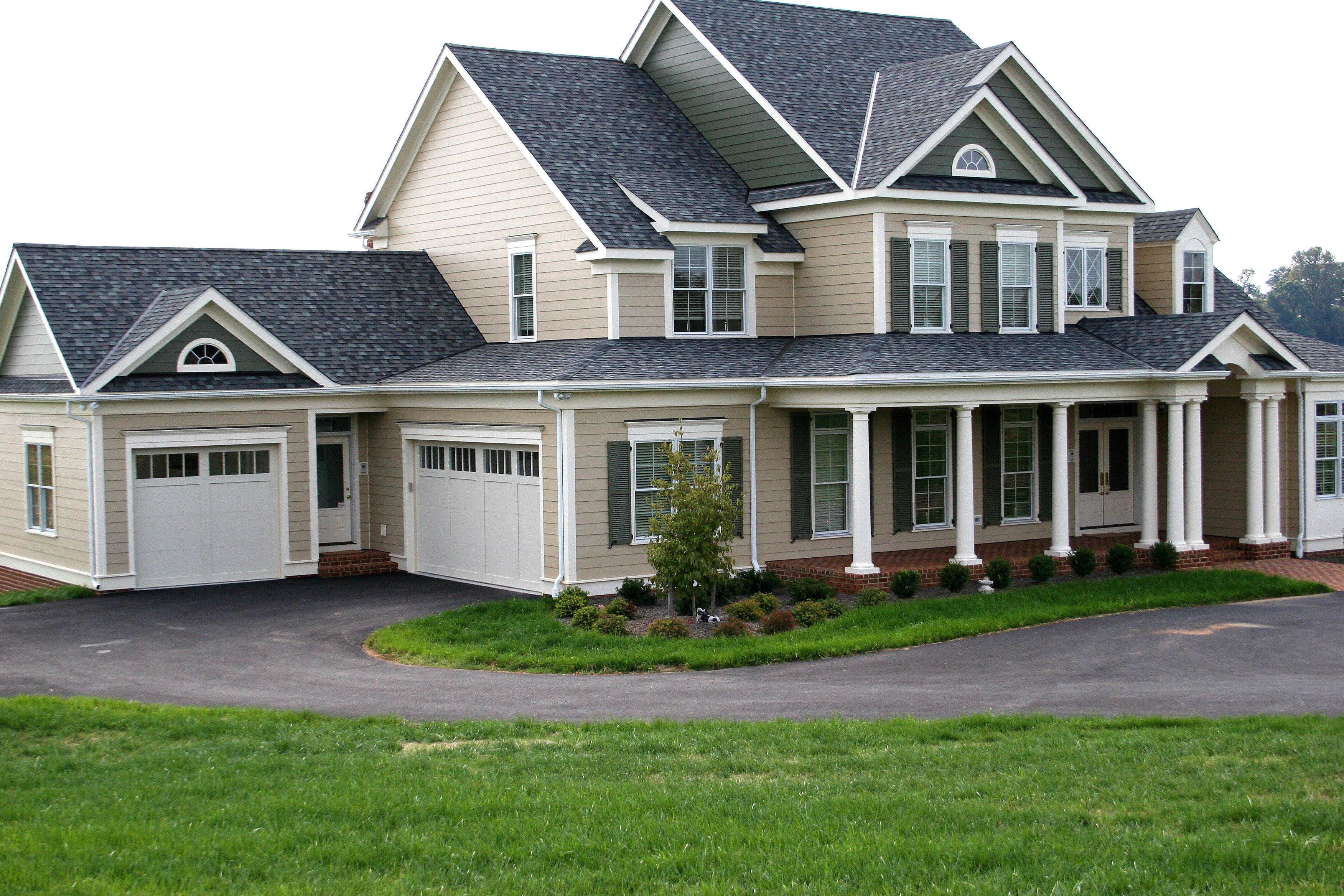 Pin By Mac On Garage Garage Design House Exterior House Styles