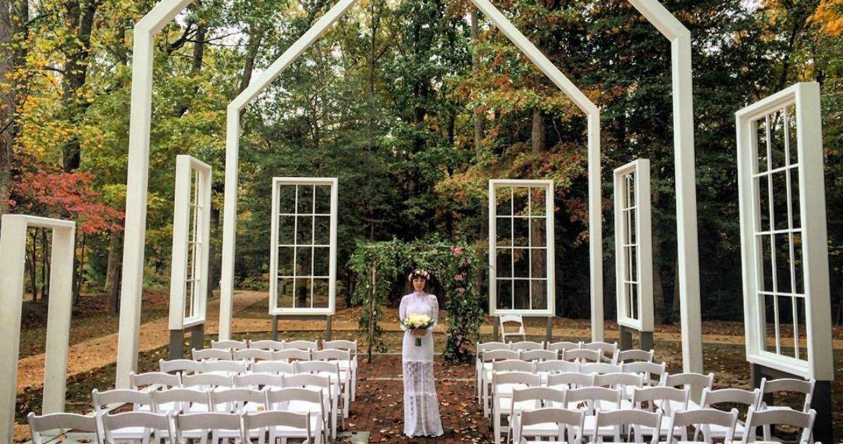 Mraz Wedding Jpg 1200 632 Jason Mraz Celebrity Weddings Outdoor Wedding