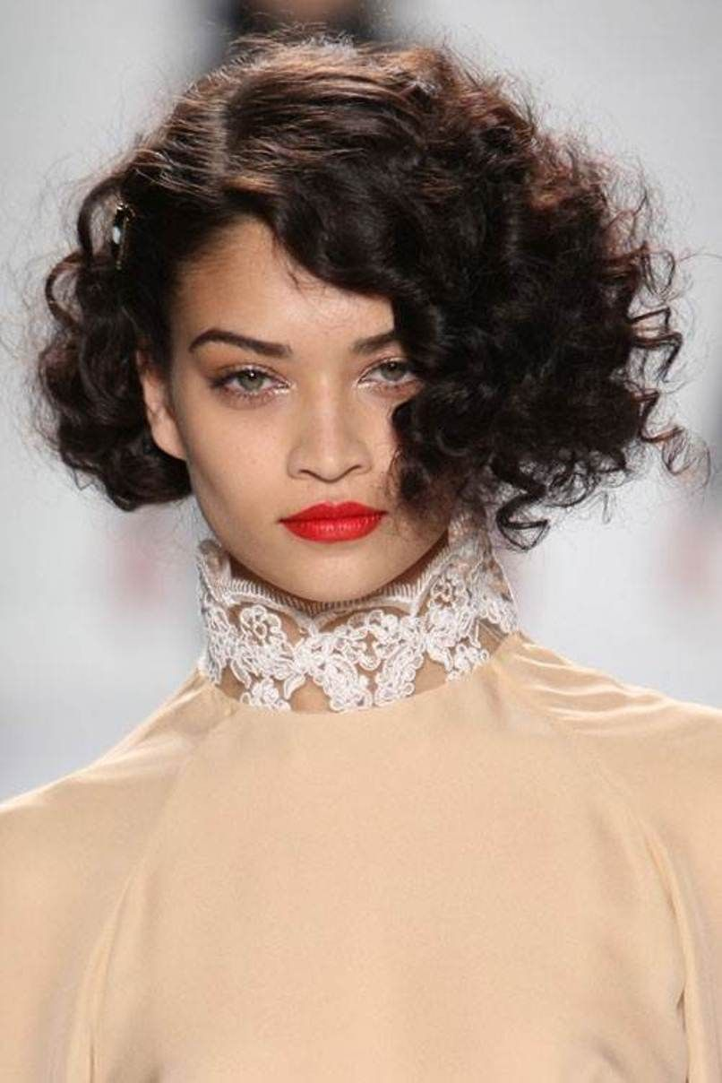Short Hairstyles For Curly Frizzy Hair Image Jpg 806 1 208 Pixels Short Curly Haircuts Haircuts For Curly Hair Curly Hair Styles
