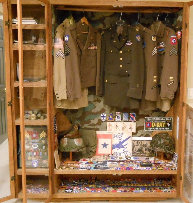 WWII display in my man-cave - DISPLAYS - U S  Militaria