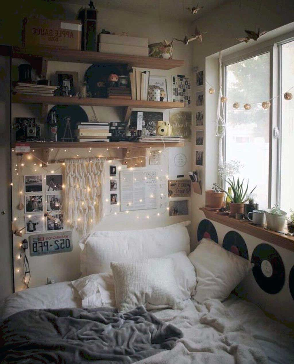28 Awesome Aesthetic Apartment Bedroom Decoration Ideas Small