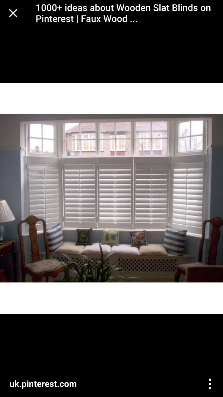 ... Jalousien Für Erkerfenster, Erker Sitze, Holzfensterläden,  Küchenfensterläden, Moderne Fenstervorhänge, Viktorianische Fenster,  Wohnzimmer, Fensterläden