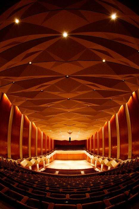 Those Who Perform In Foellinger Great Hall Say Hear Here Inside Illinois News Bureau Concert Hall Architecture Concert Hall Acoustic Architecture