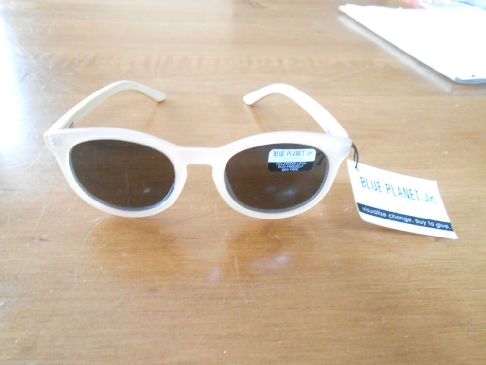 e834c402646 DYLAN JELLY BEIGE  NATURAL BAMBOO POLARIZED SUNGLASSES. NWT  affilink   polarizedsunglasses  womensunglasses  mensunglasses  kidsunglasses   sunglasses