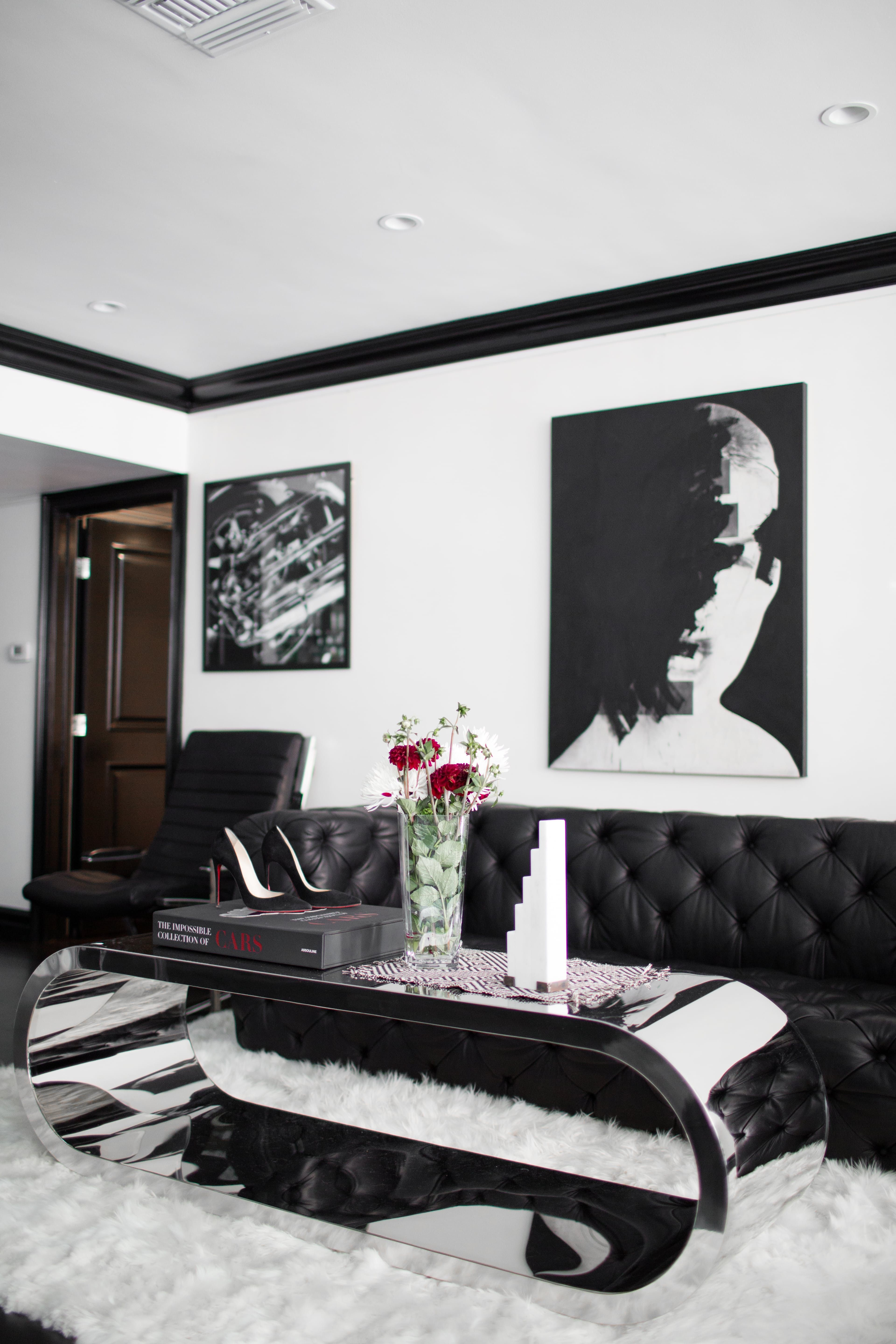 House Tour: The Skinny Confidential\'s Bold LA Condo | Steel coffee ...