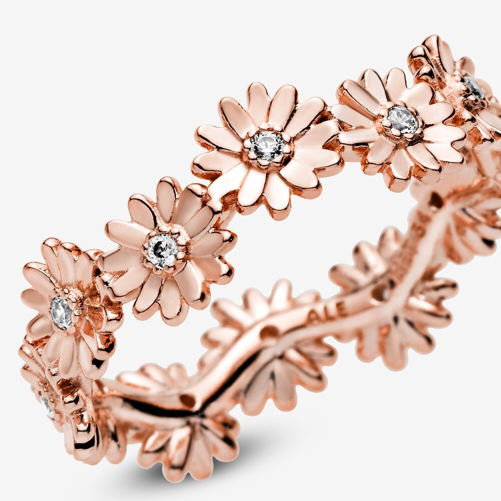 Sparkling Daisy Flower Crown Ring | Pandora GB | Gioielli in oro ...