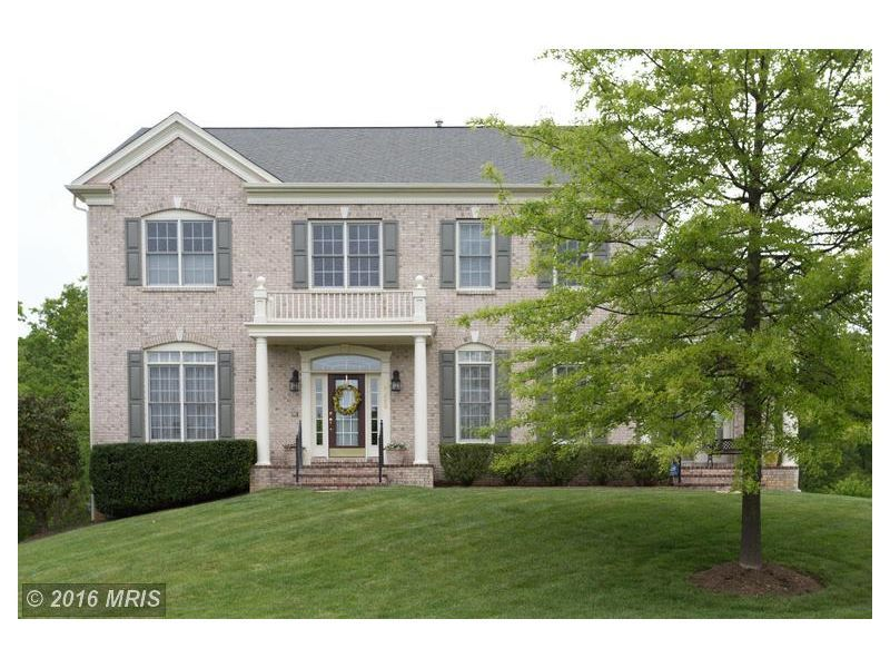 9036 Swans Creek Way, Lorton, VA Casual Living At Its Best! Situated