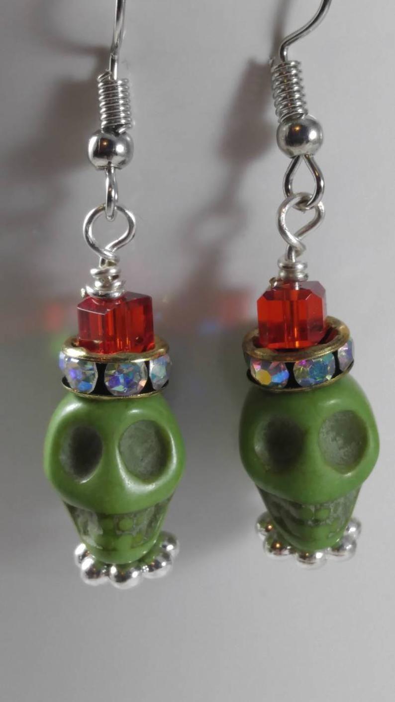 Goth Steampunk Vintage Rockabilly Dangle Silver Plated Sugar Skull Earrings