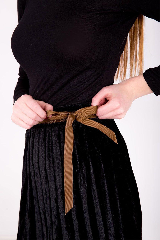 3ac629d550c5 Polodlhá čierna plisovaná sukňa s imitáciou opasku