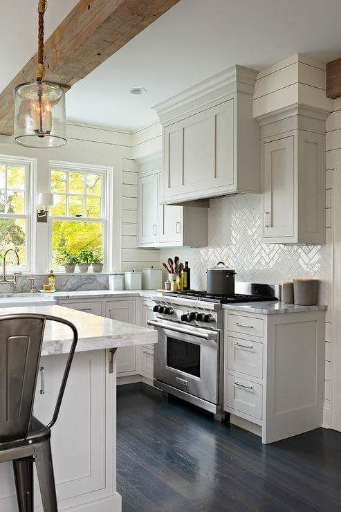 Be Decor Pad Love The Shiplap Walls And Soft Grey Cabinet Color
