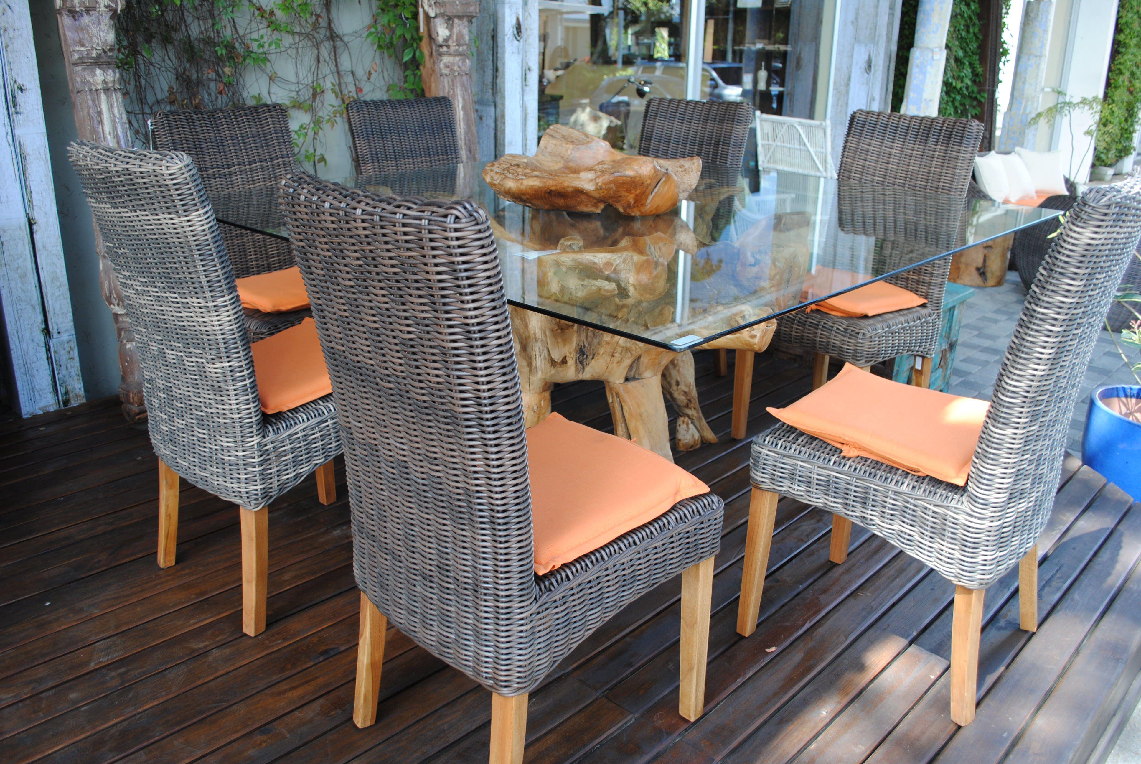 Decoracion muebles exterior mesa comedor raiz teca con for Muebles de asia