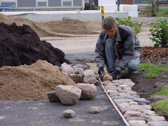 asfaltti-ja-nurmikko