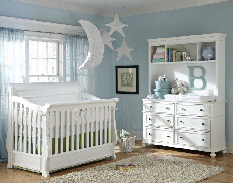 Chambre bébé blanche décorée de couleurs- 50 super idées