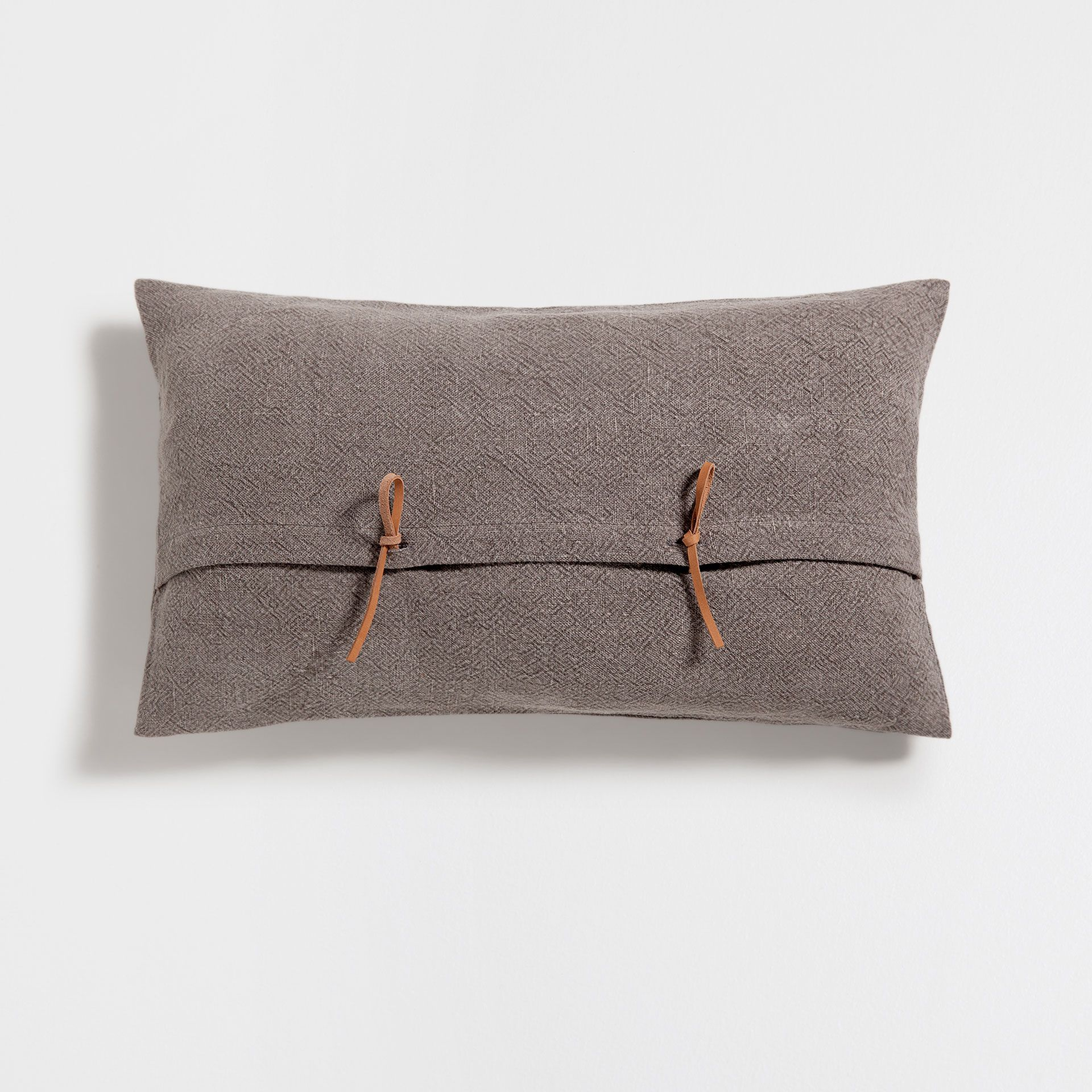Brown Linen Cushion Cover With Knot Button Yastik Kilifi Yastik Zara Home
