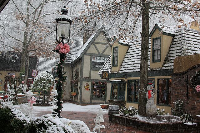 Christmas In Tennessee.White Christmas At Gatlinburg Tn Tennessee Gatlinburg Tn