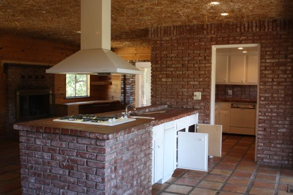 Kitchen Island Made Of Brick Kitchen Is Brick The Layout Is Very Chopped Up And Dated And Yes Brick Kitchen Brick Kitchen Island Kitchen Designs Layout