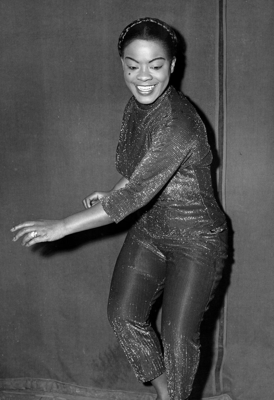 Video LaVern Baker  nudes (13 fotos), YouTube, cleavage