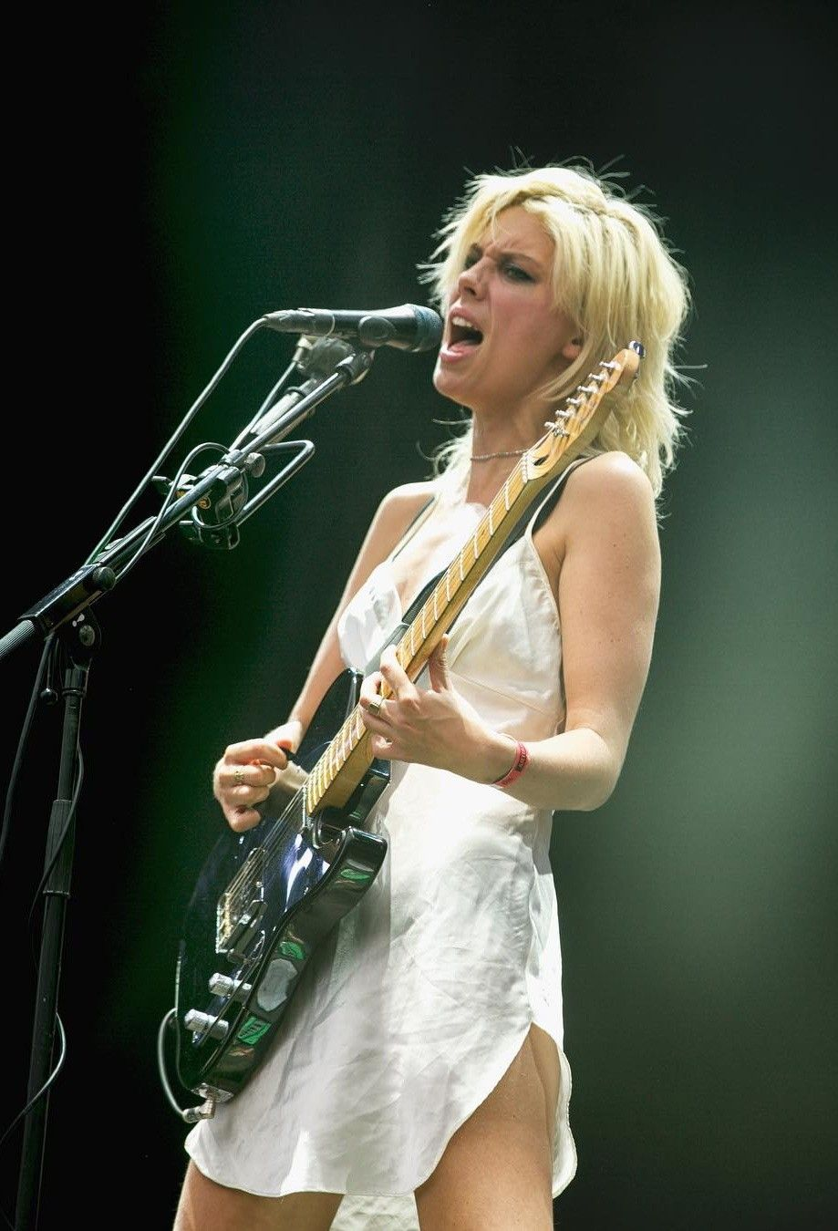 21 of the Best Female Guitarists & Bassists Under the