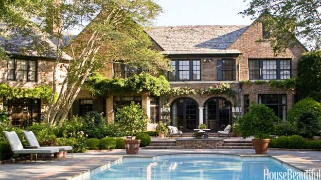 To Give The Pool Terrace Of An English Style House In Houston