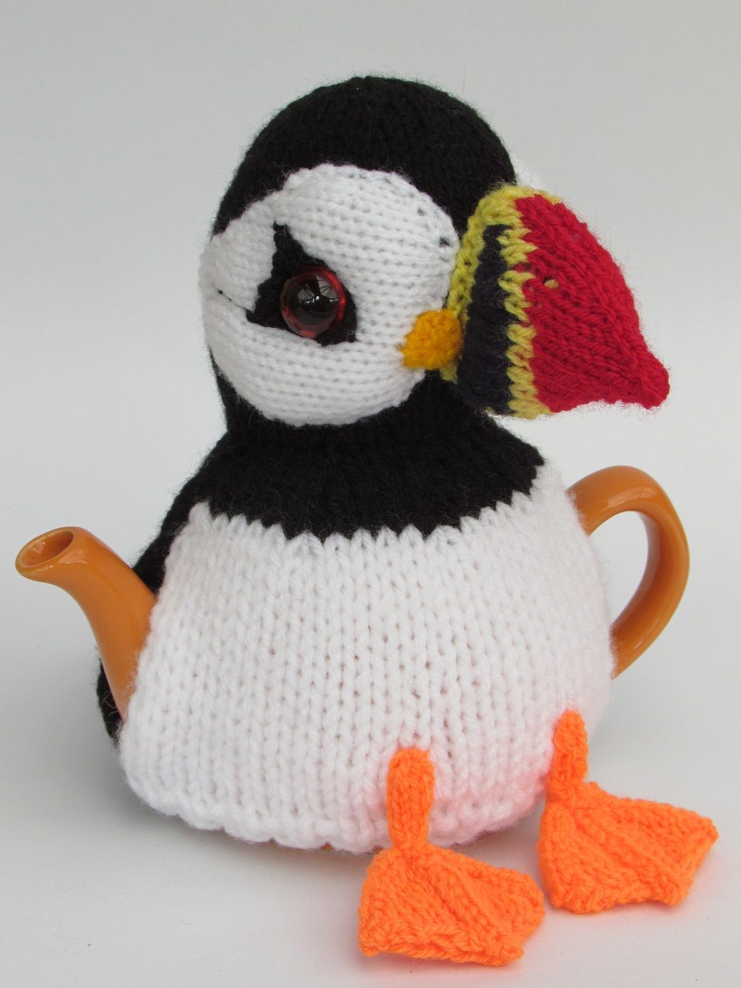 Puffin tea cosy knitting pattern | Bordado en hilo, Teteras y Hilo