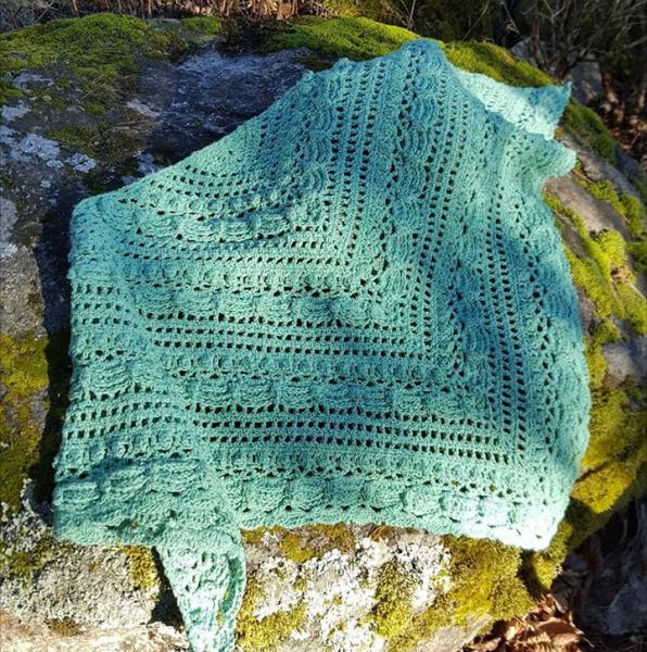 charlotta H | Shawls and scarves | Pinterest