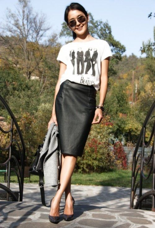 8bdfc15c51 The Beatle's - Black and white T-Shirt tucked into a pencil skirt ...