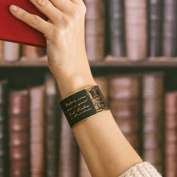 Sherlock Holmes Quote Bracelet – Baker Street Floor Plan Cuff – Geeky Gift For Her – Holmes And Watson