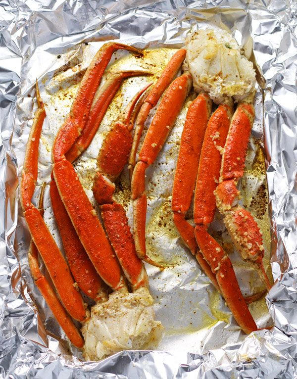 Easy Baked Snow Crab Recipe Chow Chow Crab Legs Seafood