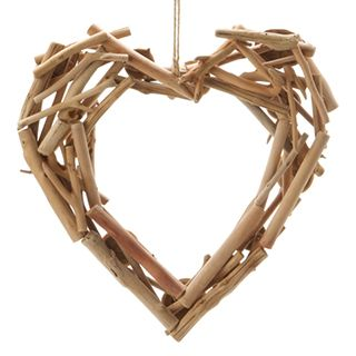 Hanging+Driftwood+Heart:+10.23+x+9.45+inches