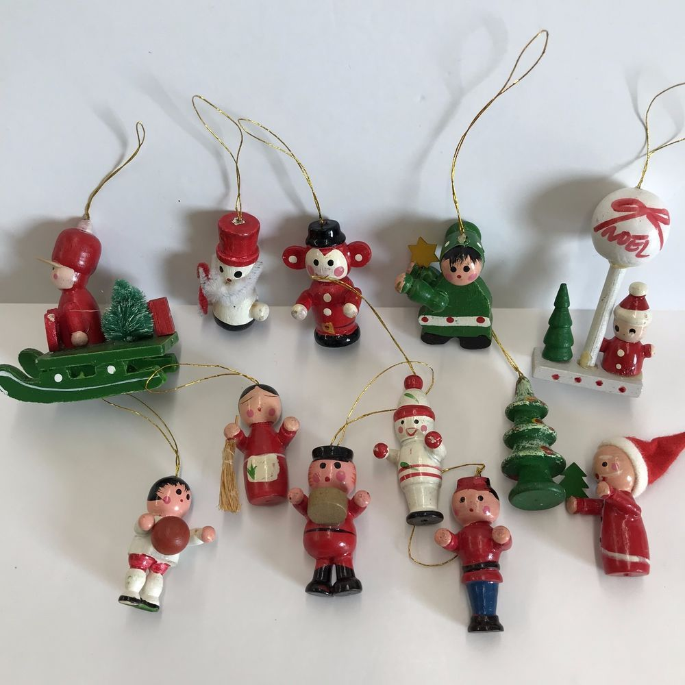 Wooden Christmas Ornaments Handcrafted Lot Of 12 Assorted Holiday