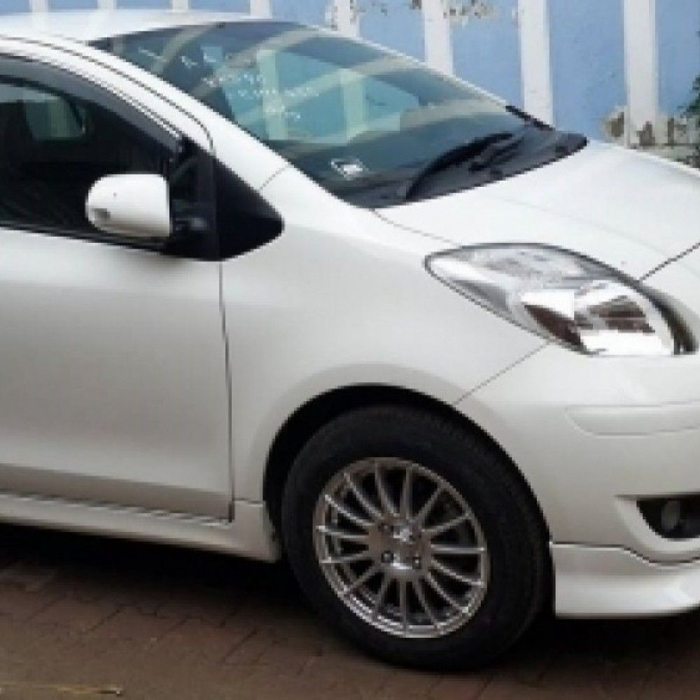 2010 Toyota Vitz for sale in Sialkot, Sialkot Buy & Sell