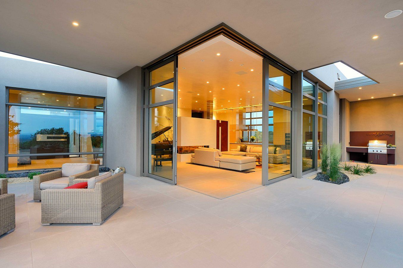 Bunkowski Residence Floor To Ceiling Windows Contemporary Architecture Custom Home Builders