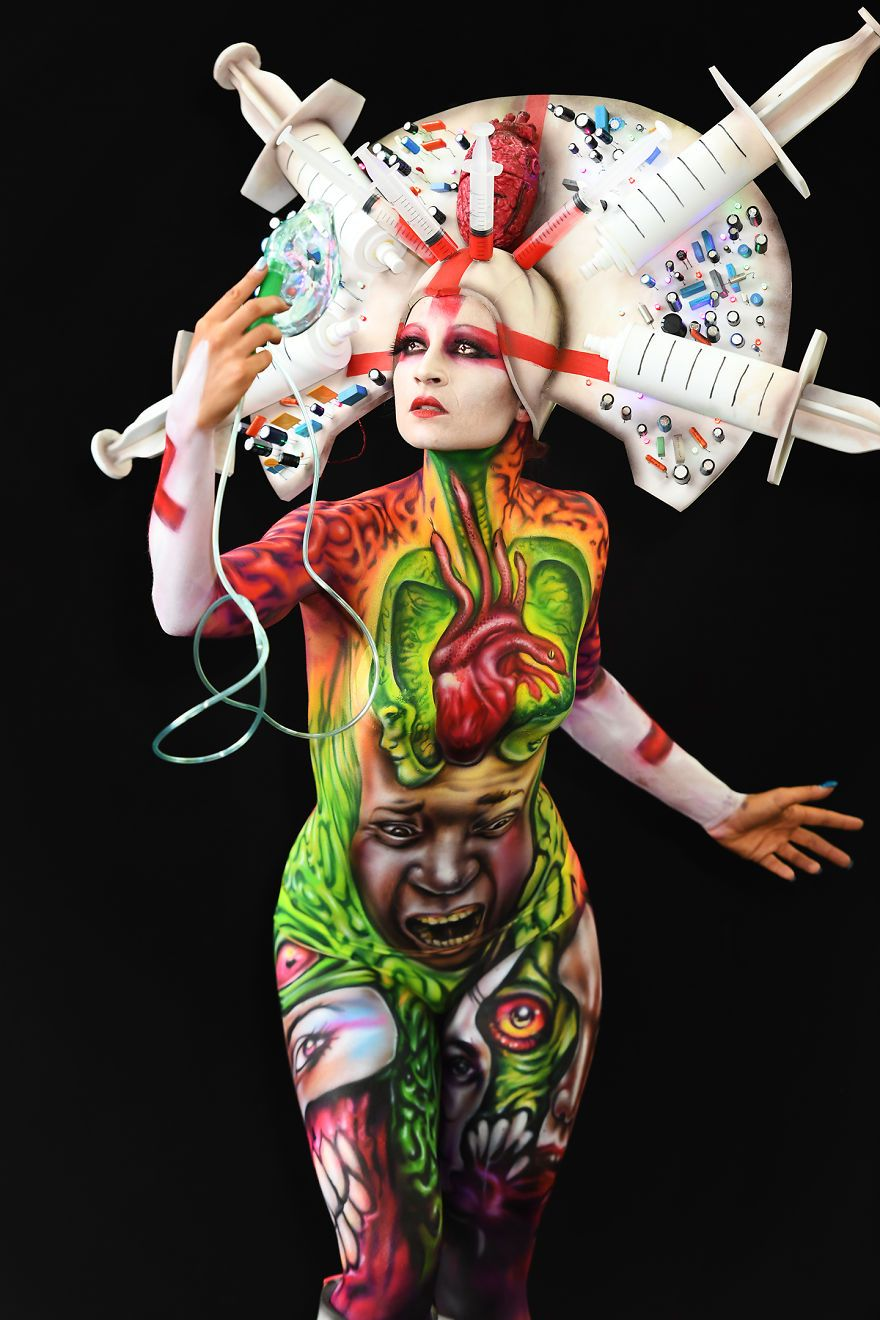 Fotografei Espetaculares Obras De Arte No Festival Mundial De Pintura Corporal 2018 Pintura Corpo World Bodypainting Festival Body Art Painting Cool Artwork