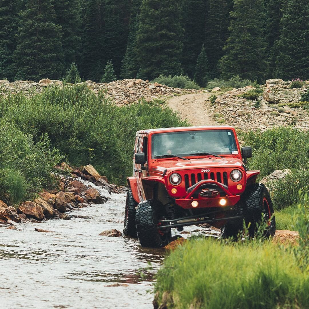 @jackthejl on Moab Rim | Srt jeep, Jeep life, Jeep truck