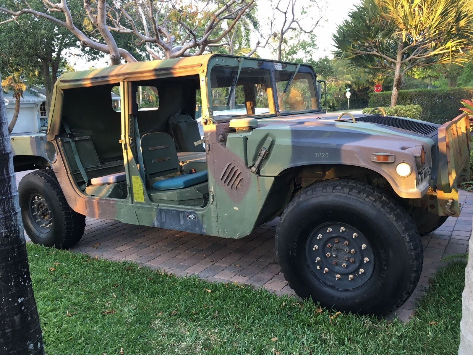 am general military hummer hummwv military vehicles for sale rh pinterest com