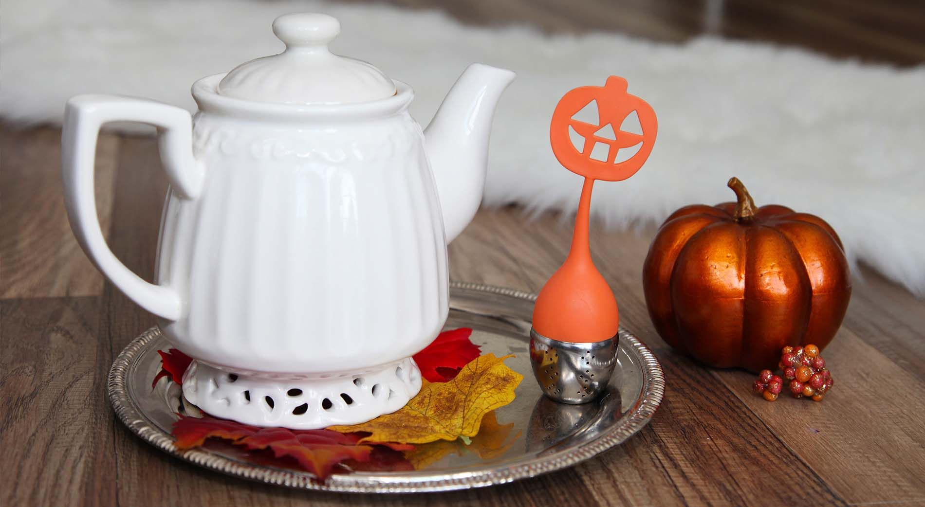 Teami / Halloween http://www.teamiblends.com Use CODE Isabel10Tea to receive 10%