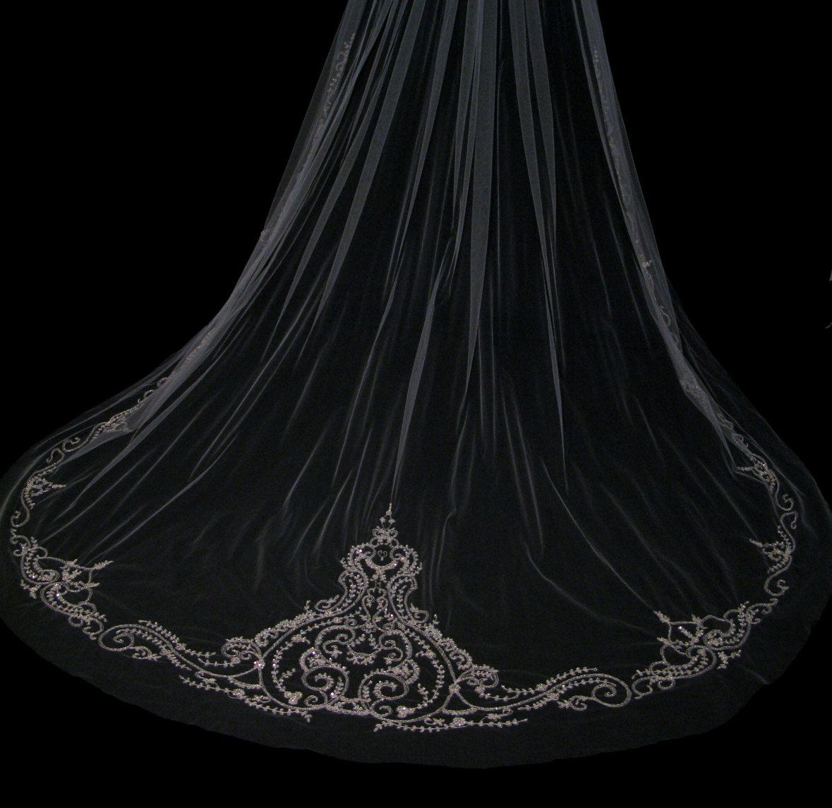 Couture+bridal+or+wedding+veil++Sophia+by