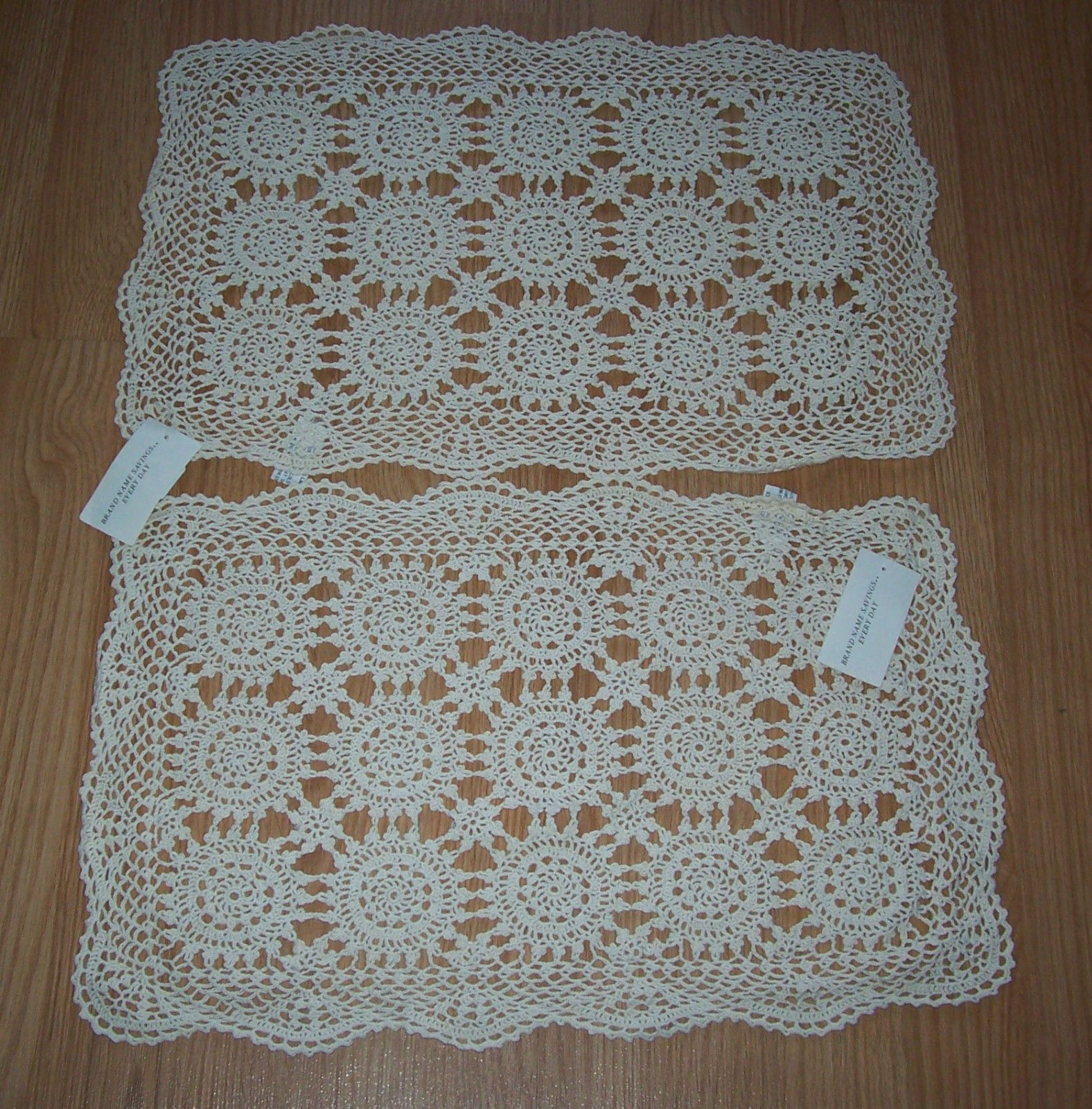 2 keeco hand crochet 100 cotton lace 13x19 doilies placemats 2 keeco hand crochet 100 cotton lace 13x19 doilies placemats ebay bankloansurffo Image collections
